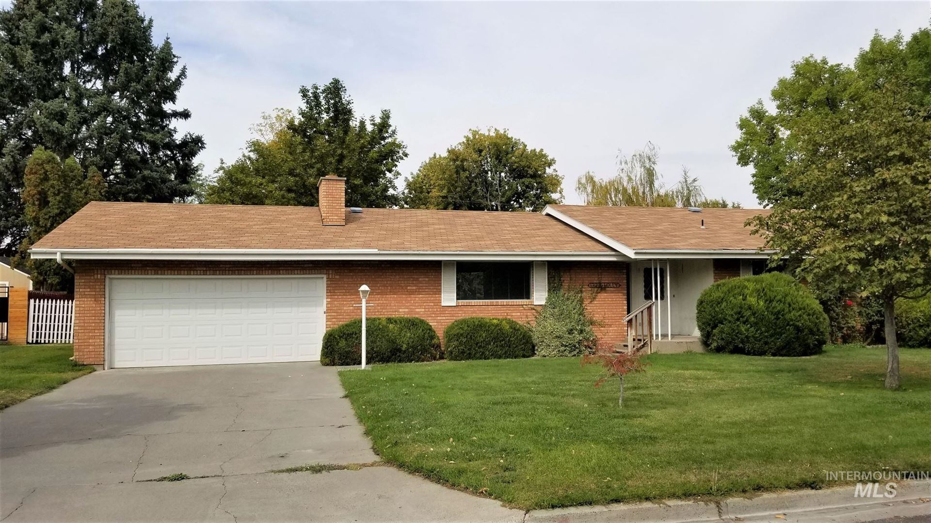 Photo of 1323 Holly, Twin Falls, ID 83301-3433 (MLS # 98782254)