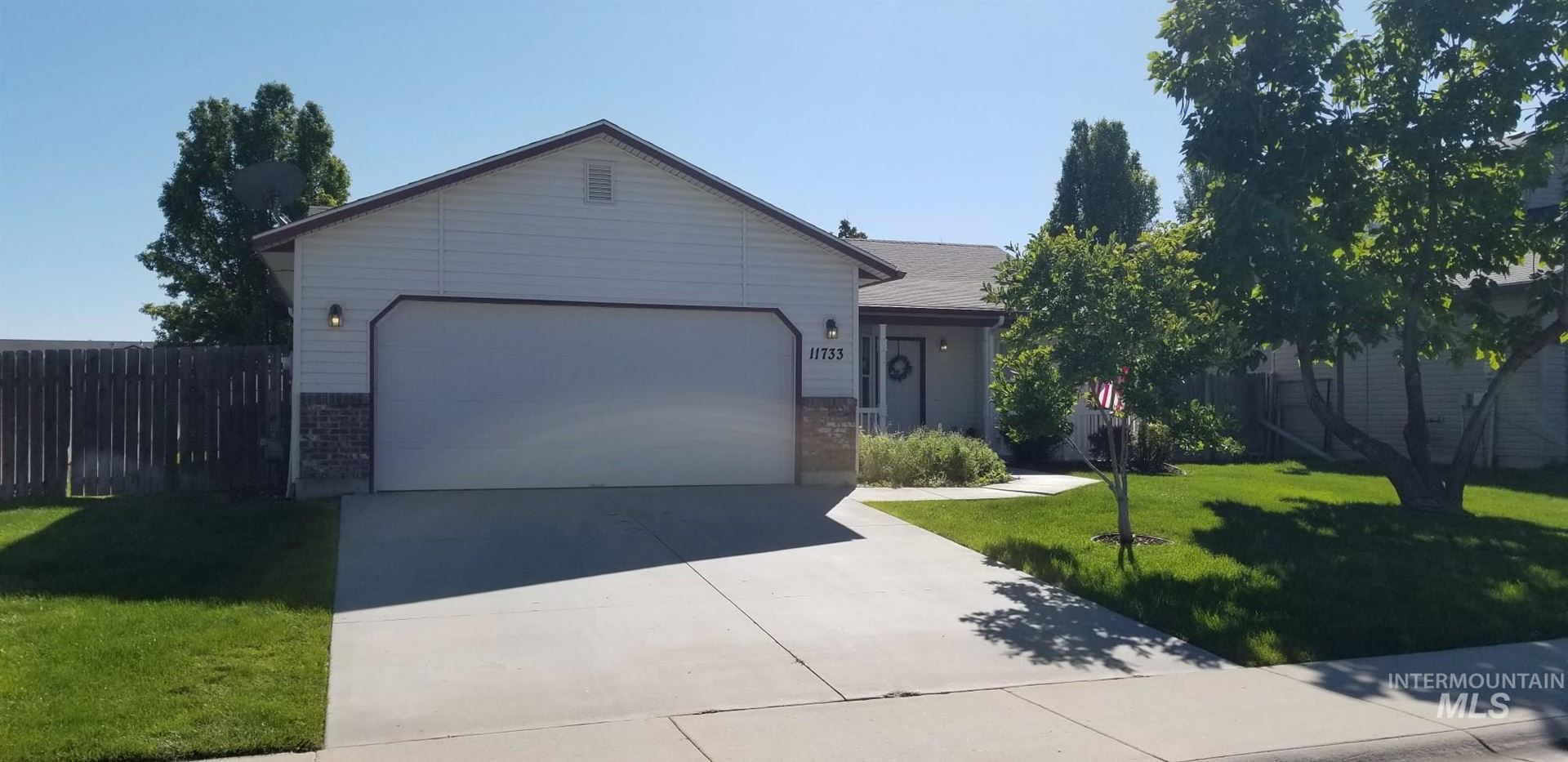 Photo of 11733 W Trinity Ave, Nampa, ID 83651 (MLS # 98782256)