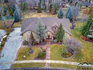 Photo of 435 W Two Rivers Dr, Eagle, ID 83616 (MLS # 98720257)