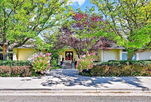 Photo of 2560 E Table Rock Rd, Boise, ID 83712 (MLS # 98820266)