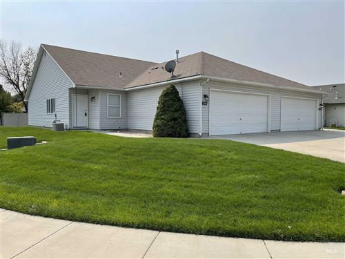 Photo of 827 E Maine Ave, Nampa, ID 83686 (MLS # 98811268)