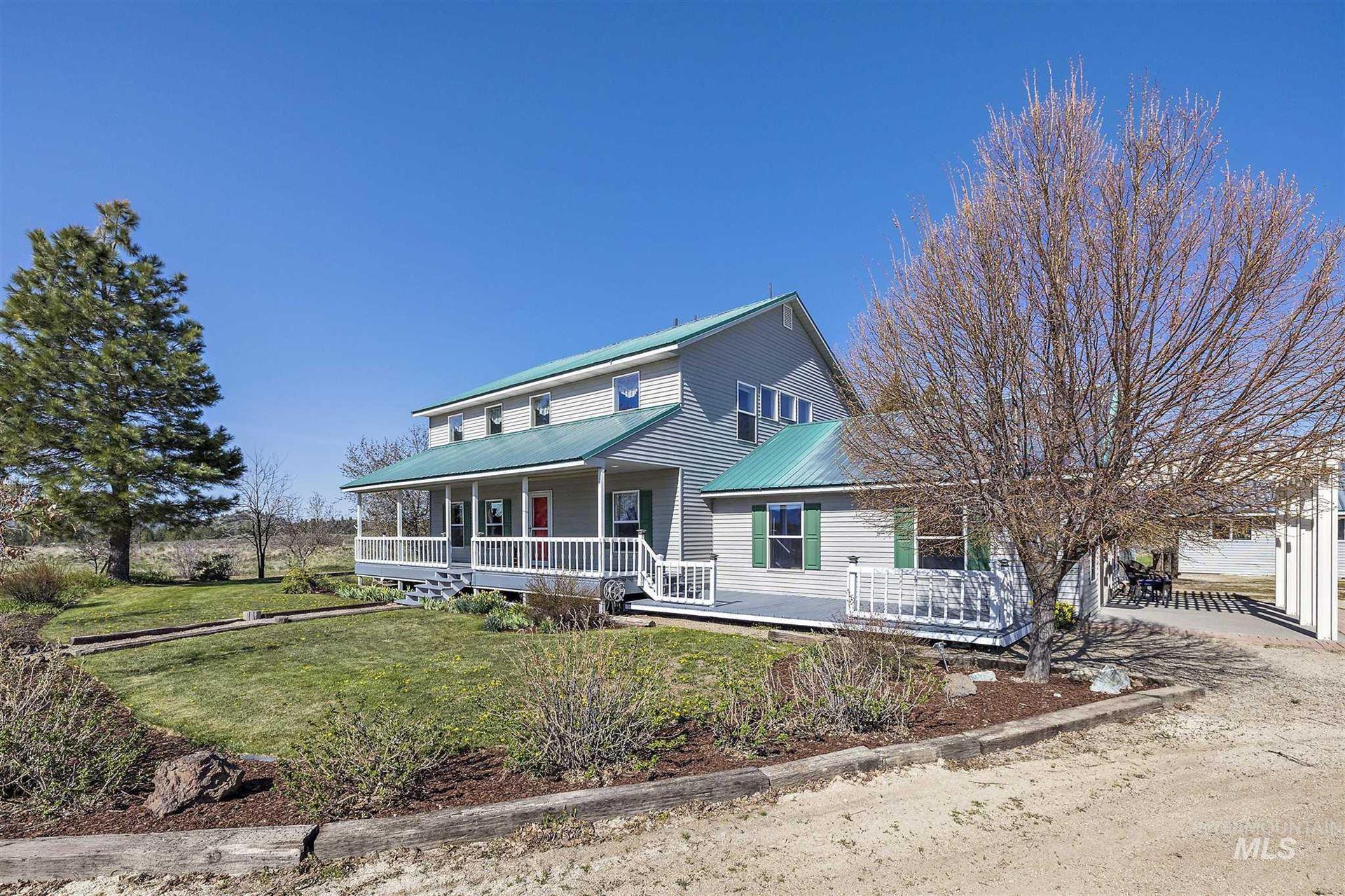 Photo of 1439 W Long Gulch Rd, Prairie, ID 83647 (MLS # 98803269)