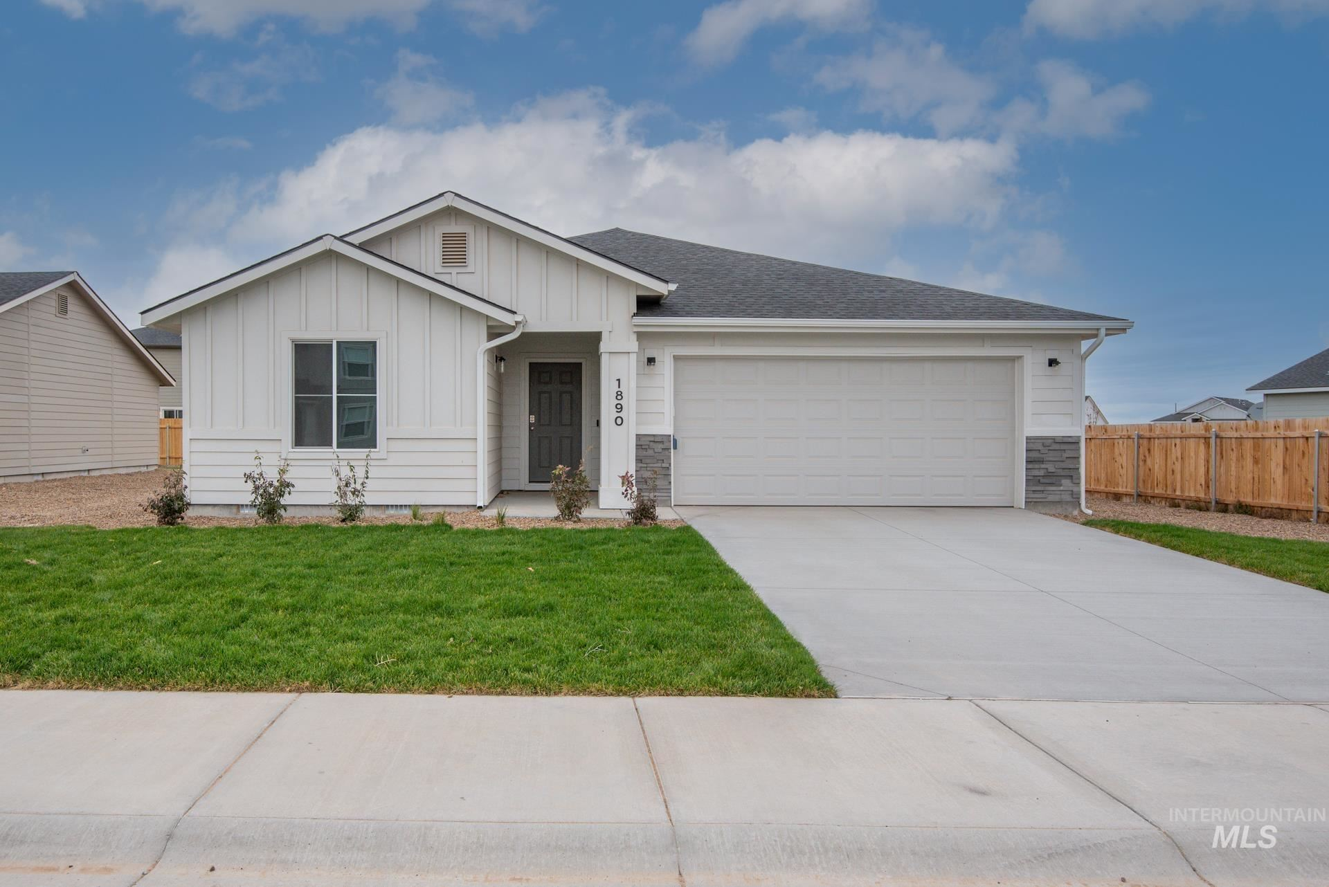 1890 SW Challis Dr, Mountain Home, ID 83647 - MLS#: 98809269