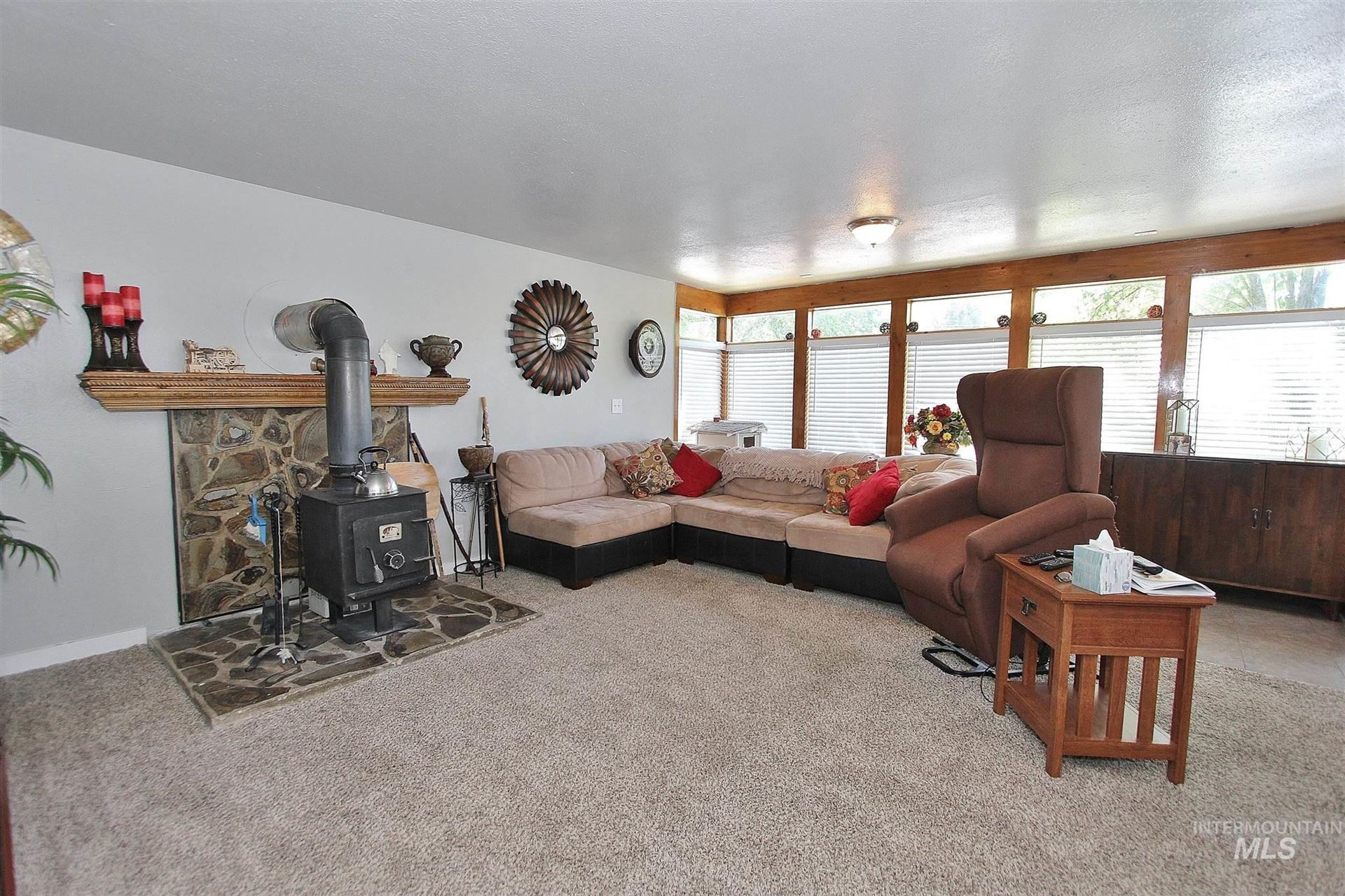 Photo of 1260 E 5th North, Mountain Home, ID 83647 (MLS # 98807270)