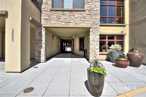 Photo of 3005 W Crescent Rim Dr #3-101, Boise, ID 83706 (MLS # 98771274)