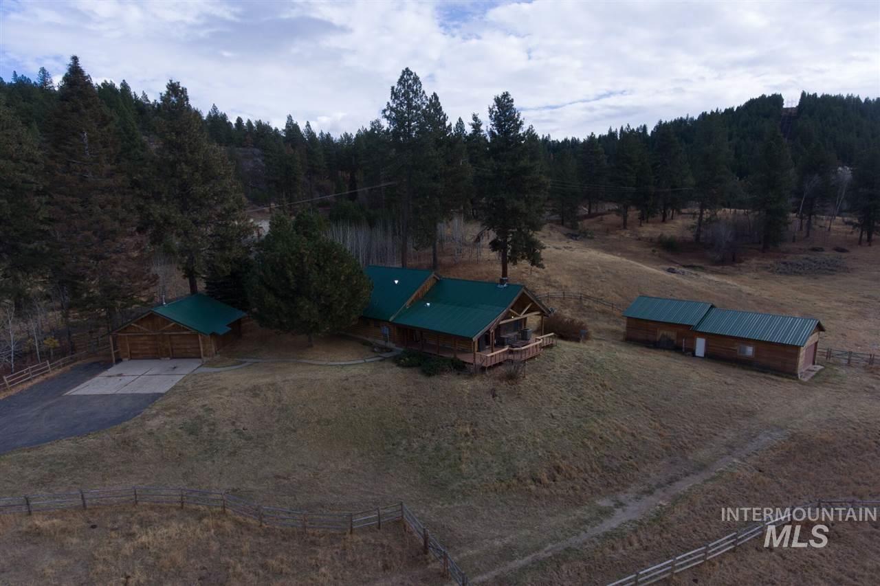 1810 Pine Lakes Ranch, Cascade, ID 83611 - MLS#: 98711275