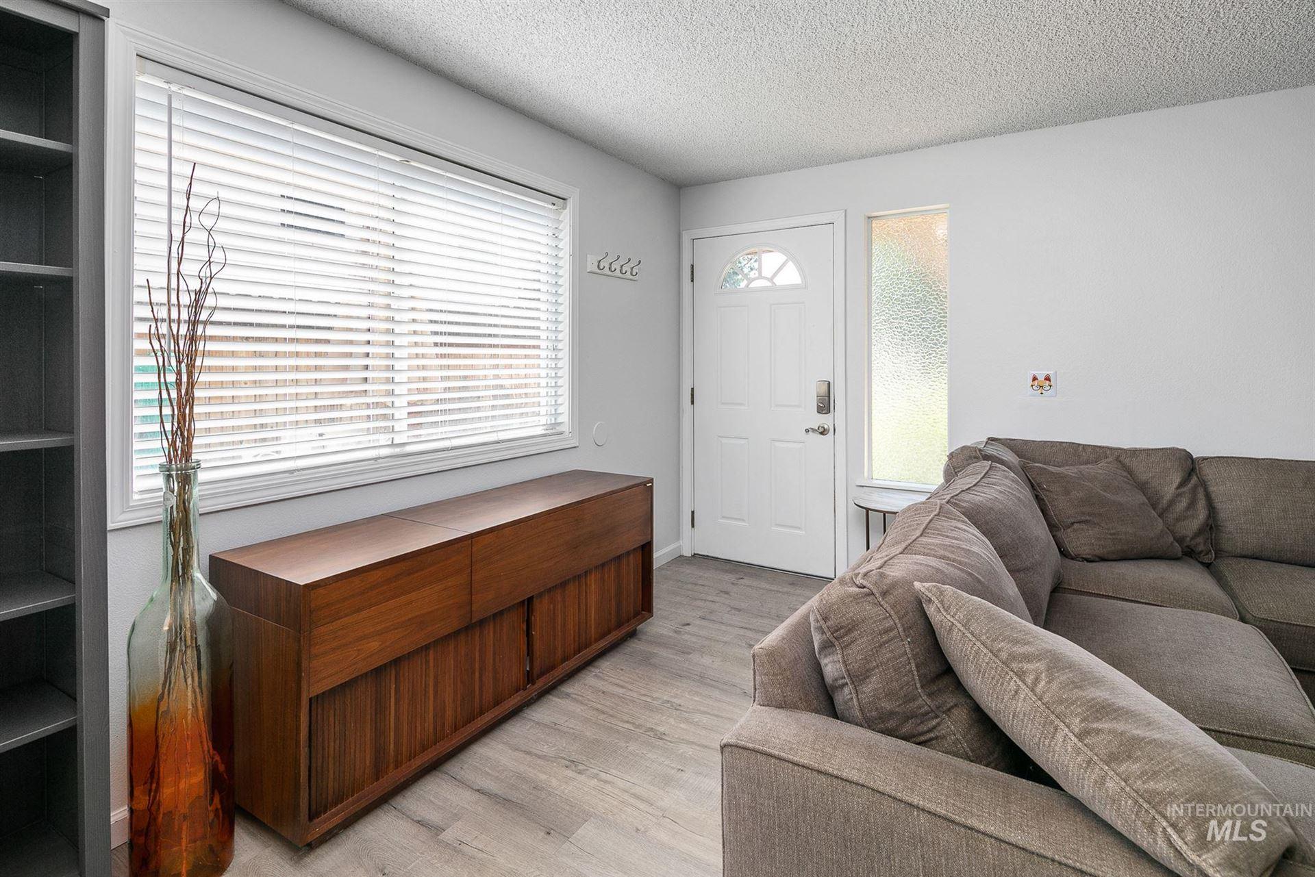 Photo of 2122 S Leadville Ave, Boise, ID 83706 (MLS # 98776279)