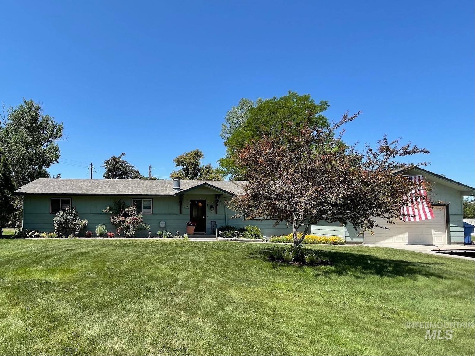 Photo of 617 Mae Dr, Twin Falls, ID 83301 (MLS # 98807279)