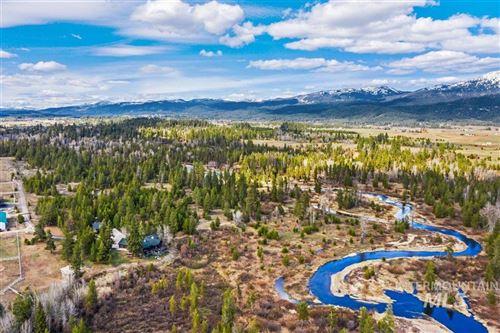 Photo of 76 Elk Haven Ln, McCall, ID 83638 (MLS # 98802283)