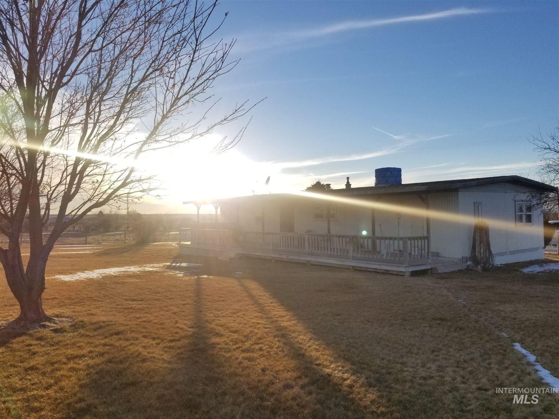 Photo of 34 S 200 East, Shoshone, ID 83352-9999 (MLS # 98794286)