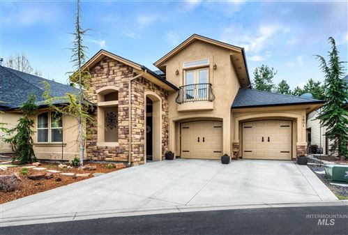 Photo of 1901 S Stream Pointe Ln, Eagle, ID 83616 (MLS # 98776289)