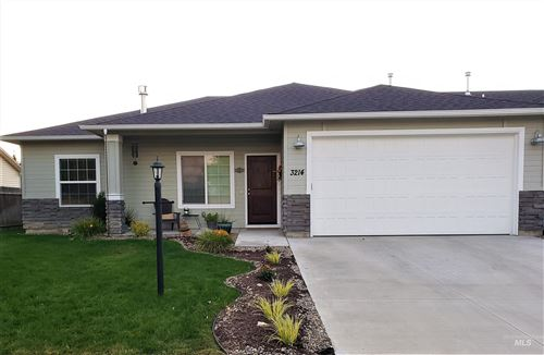Photo of 3214 Airport Ave, Caldwell, ID 83605 (MLS # 98819289)