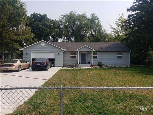 Photo of 710 N Elm Ave, Kuna, ID 83634 (MLS # 98820293)