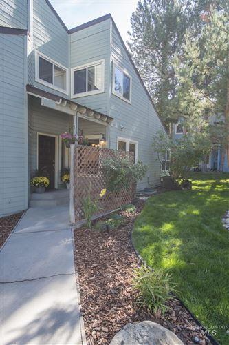 Photo of 1724 S Joyce Ln, Boise, ID 83706 (MLS # 98820301)