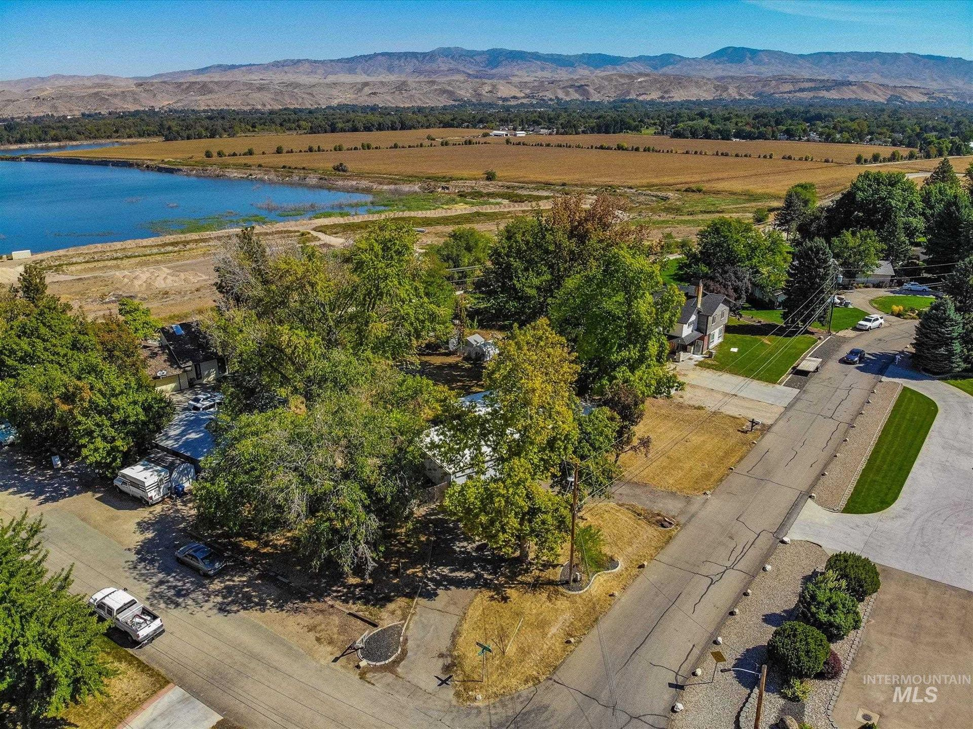 5920 & 5924 Willow Cliff Way, Boise, ID 83713 - MLS#: 98819307