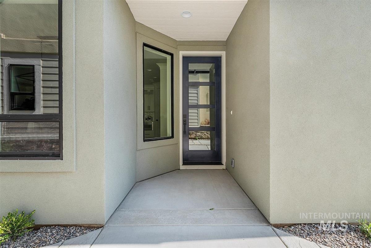 Photo of 3040 S Sedgebrook Lane, Eagle, ID 83616 (MLS # 98791318)