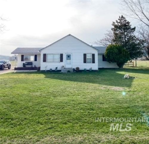 Photo of 4063 Lincoln Dr, Ontario, OR 97914 (MLS # 98812335)