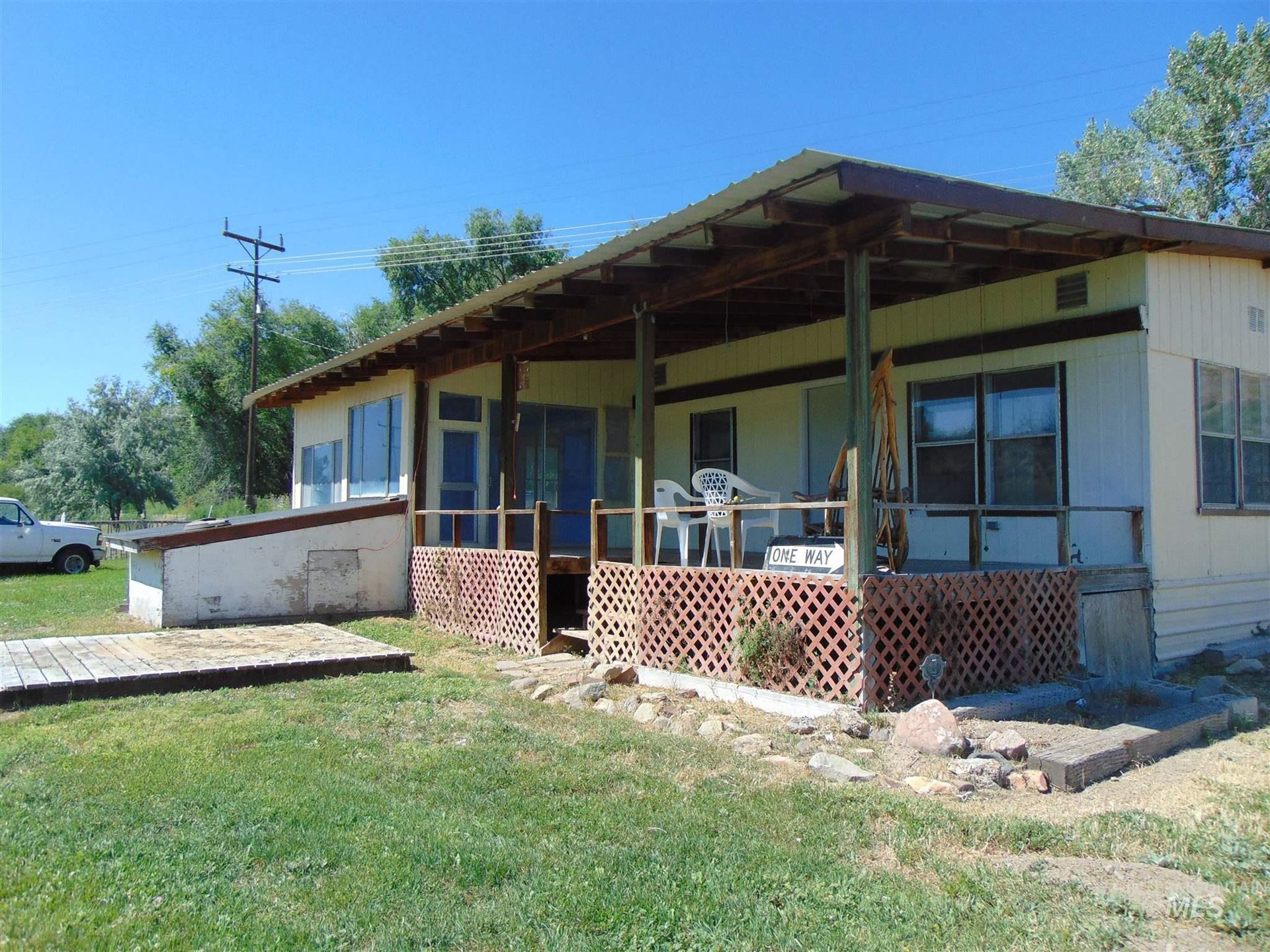 Photo of 1923 Bench Rd., Vale, OR 97918 (MLS # 98774337)