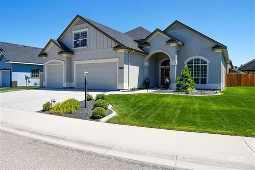 Photo of 3682 N Leslie Way, Meridian, ID 83646 (MLS # 98773344)