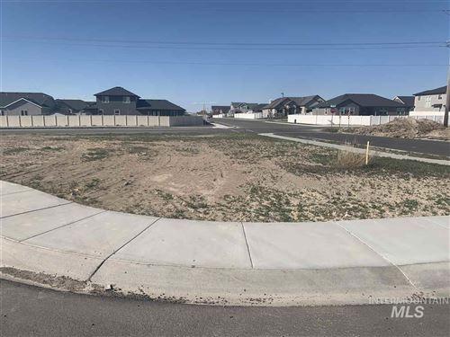 Photo of 429 Meadowview Lane N., Twin Falls, ID 83301 (MLS # 98764345)