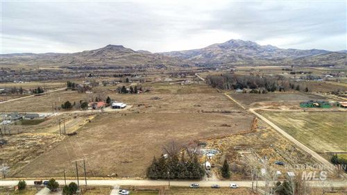 Photo of 3260 Wilson Ln, Emmett, ID 83617 (MLS # 98753346)