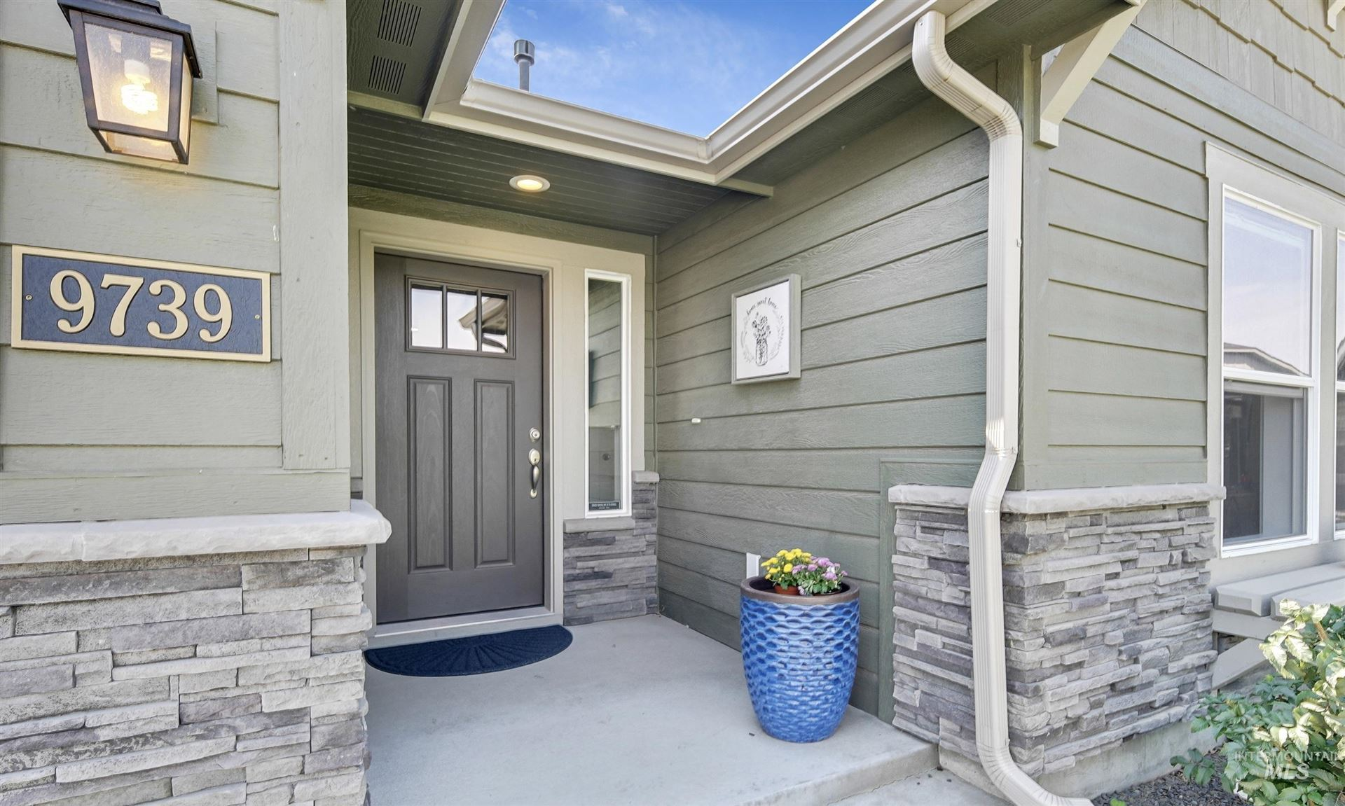 Photo of 9739 W Goldenpond Street, Boise, ID 83709 (MLS # 98819348)