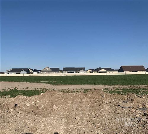 Photo of 2032 Columbia Drive, Twin Falls, ID 83301 (MLS # 98764350)