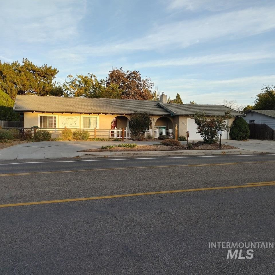 Photo of 4560 N MAPLE GROVE, Boise, ID 83704 (MLS # 98784354)