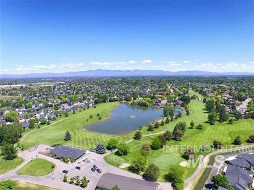 Photo of 2137 N Turnberry Way, Meridian, ID 83646 (MLS # 98810358)