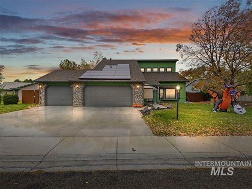 Photo of 364 S Thoreau Way, Boise, ID 83709-7728 (MLS # 98822361)