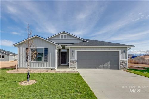 Photo of 832 SW Levant Way, Mountain Home, ID 83647 (MLS # 98762362)