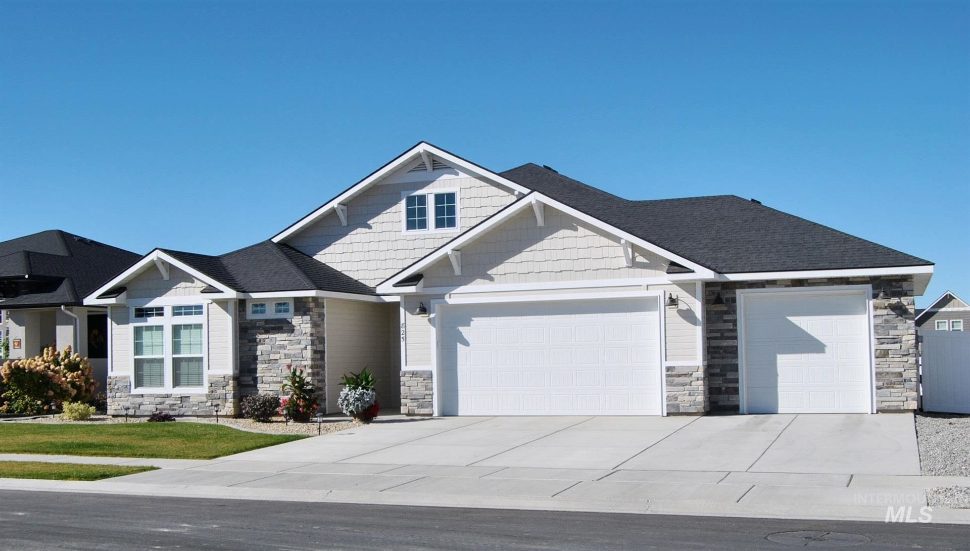 Photo of 825 Sunshine Drive, Twin Falls, ID 83301 (MLS # 98784373)