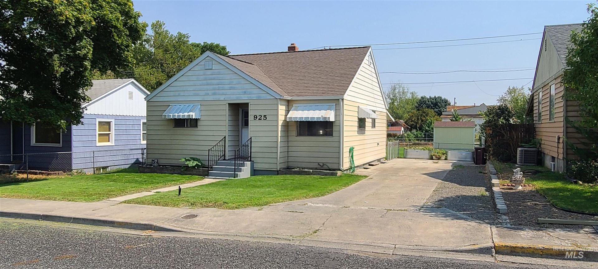 925 10th Street, Clarkston, WA 99403-0124 - MLS#: 98813373