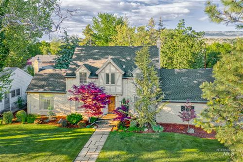 Photo of 1120 E Warm Springs Ave, Boise, ID 83712 (MLS # 98763375)