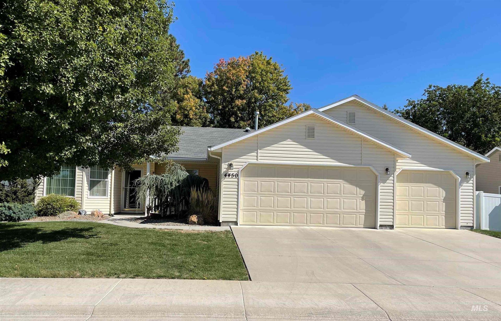 Photo of 4450 S Corbari Ave, Boise, ID 83709 (MLS # 98819380)