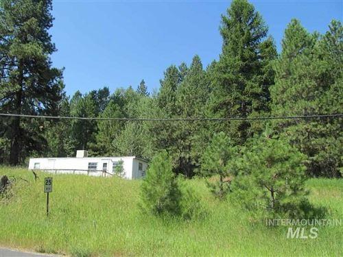 Photo of 123 Cabarton Rd, Cascade, ID 83611 (MLS # 98742389)