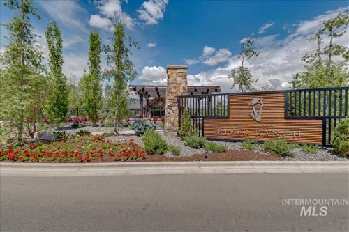 Photo of 1625 E Crowne Pointe Dr., Eagle, ID 83616 (MLS # 98733390)
