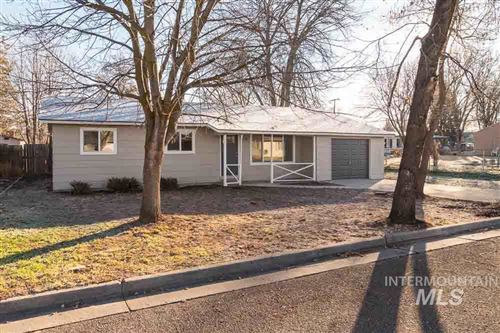 Photo of 2116 Rice Ave, Caldwell, ID 83605 (MLS # 98752396)