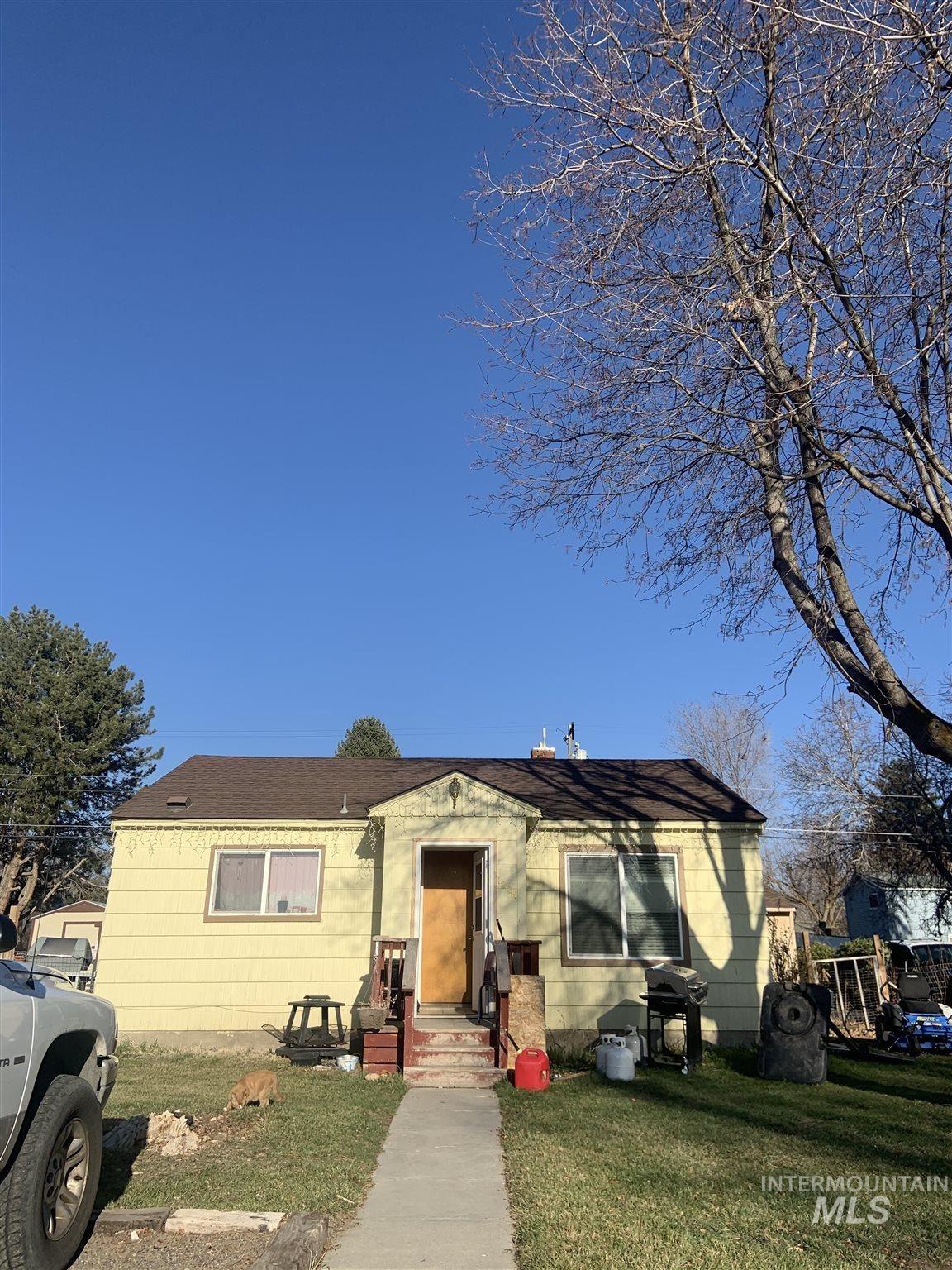 Photo of 1224 Colorado Street, Gooding, ID 83330-9999 (MLS # 98798396)