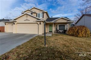 Photo of 2210 E Meadow Wood Dr, Meridian, ID 83646 (MLS # 98750403)
