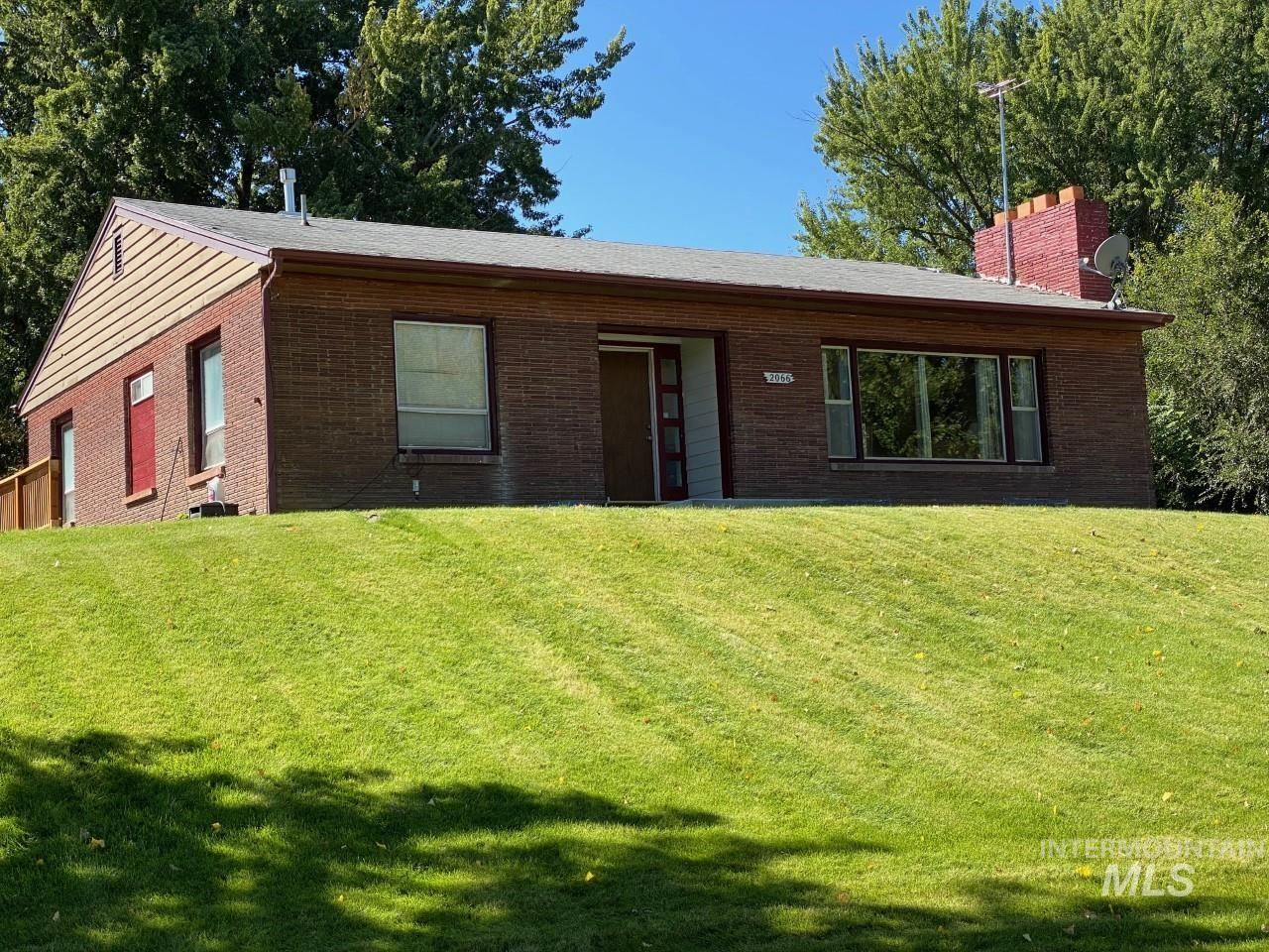 Photo of 2066 Decker Dr, Payette, ID 83661 (MLS # 98819405)