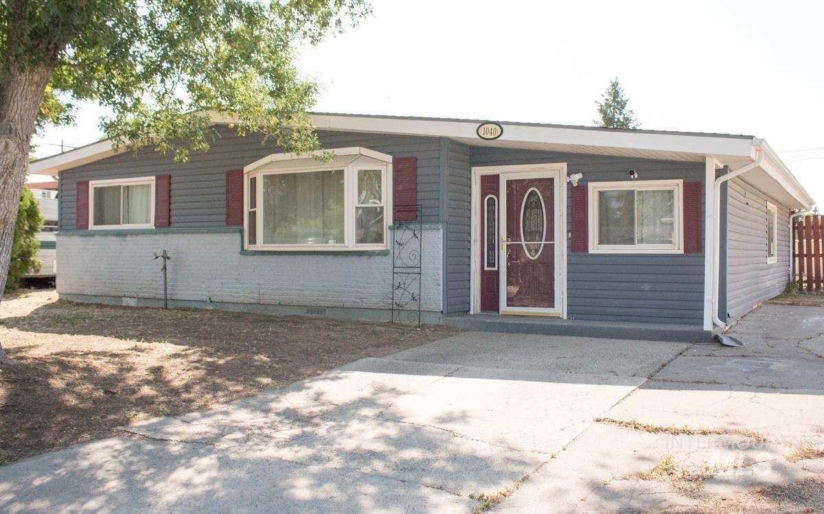 Photo of 1040 E 14th N, Mountain Home, ID 83647 (MLS # 98819408)