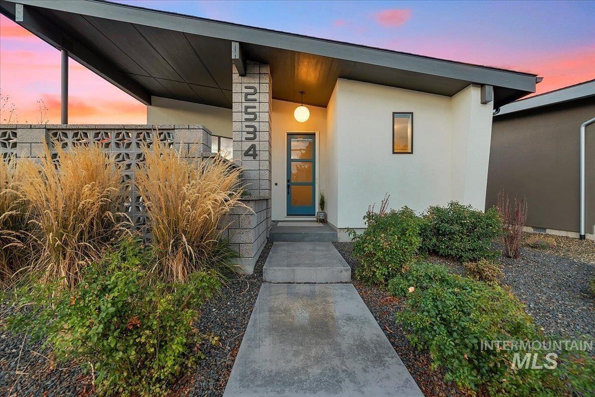 2534 E Warm Springs Ave, Boise, ID 83712-8436 - MLS#: 98822411