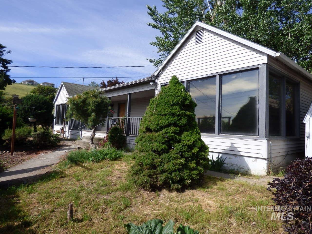 1570 15th Street, Clarkston, WV 99403 - MLS#: 98768412