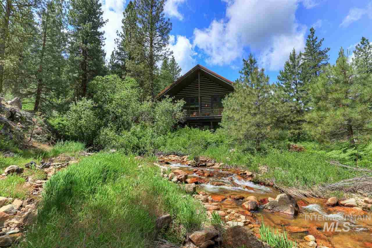 1088 E Paradise Dr, Mountain Home, ID 83647 - #: 98763415