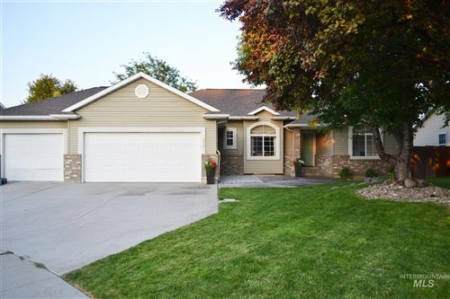 Photo of 374 Longbow CIR, Twin Falls, ID 83301 (MLS # 98775422)