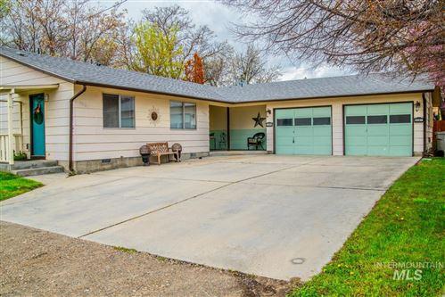 Photo of 3285 N Maple Grove, Boise, ID 83704 (MLS # 98821430)