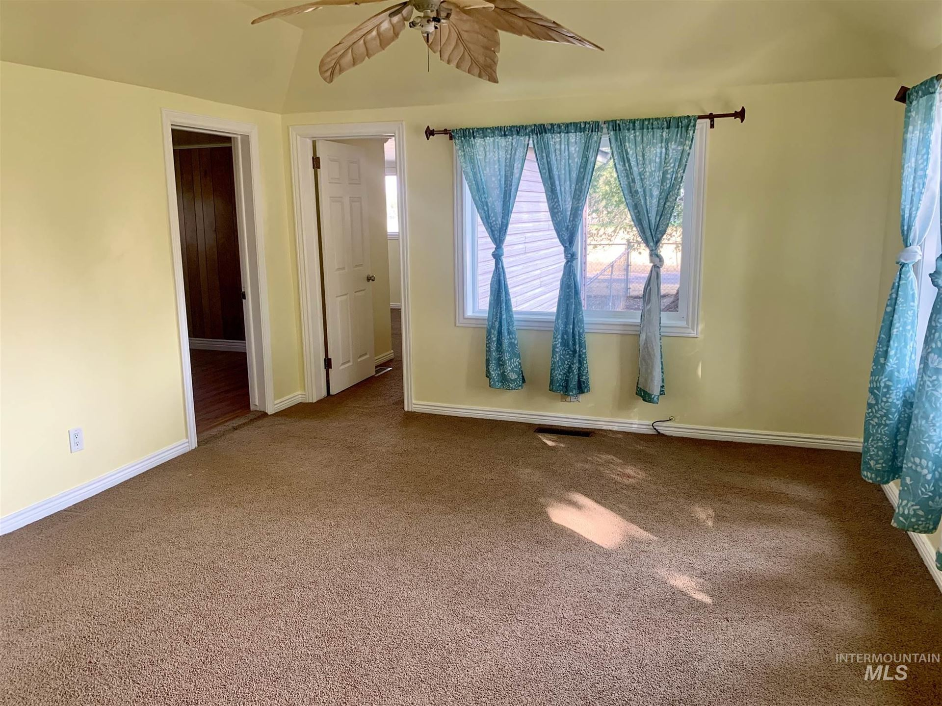 Photo of 830 Locke Avenue, Gooding, ID 83330 (MLS # 98783436)