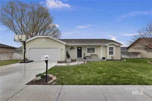Photo of 1013 W 6TH STREET, Filer, ID 83328 (MLS # 98762437)