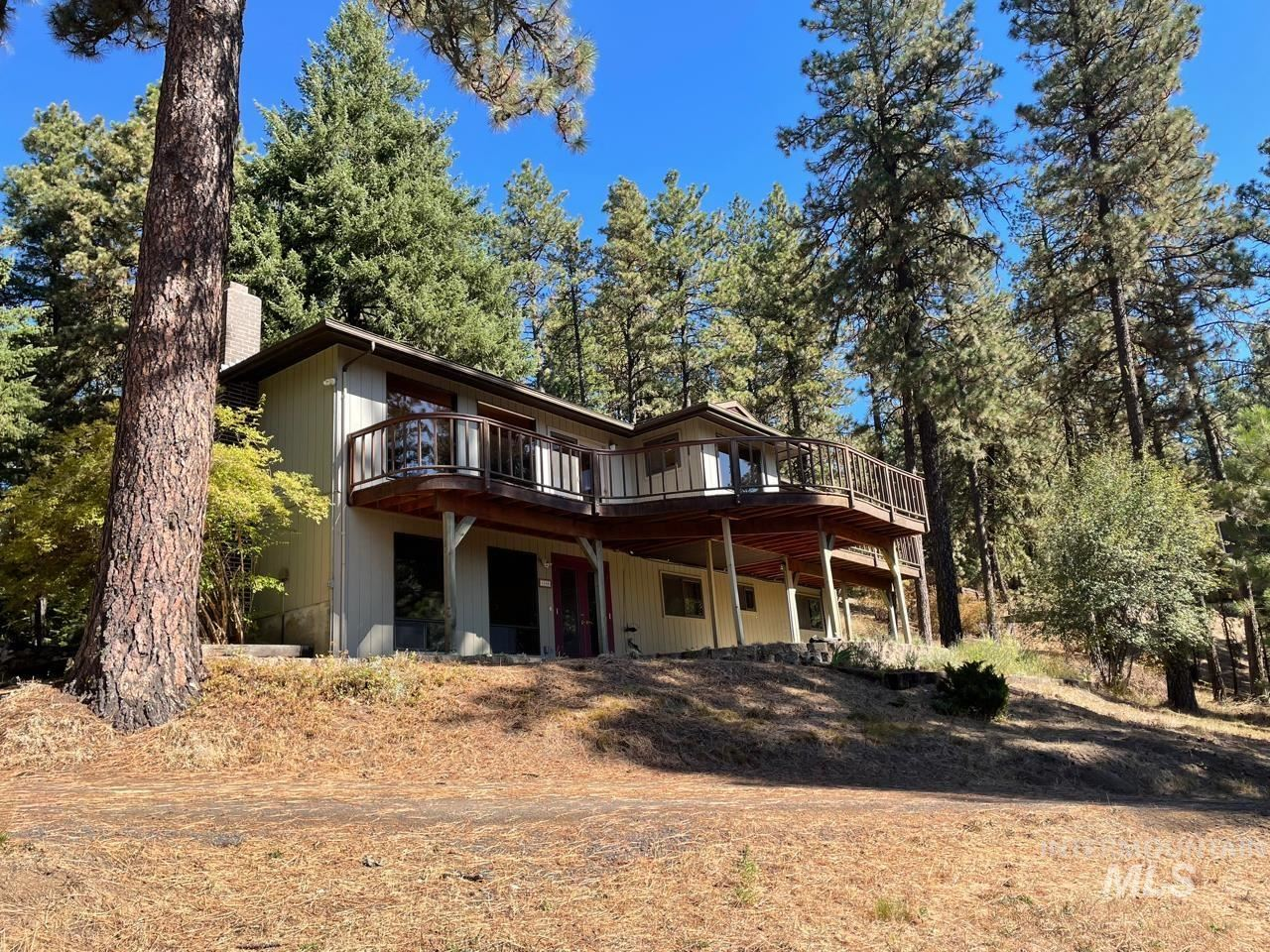 Photo of 1148 Nearing, Moscow, ID 83843 (MLS # 98817437)